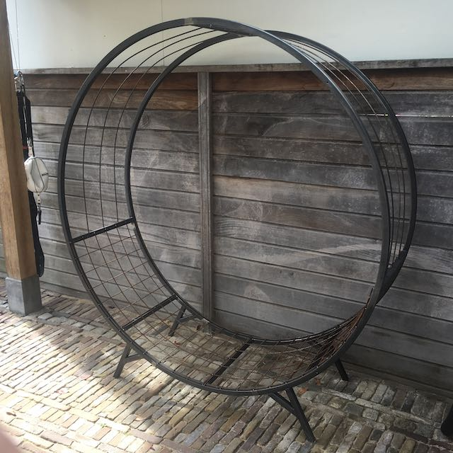 houtopslag staal rond