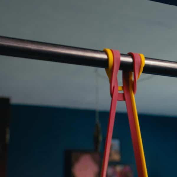 Resistance bands pullup bar